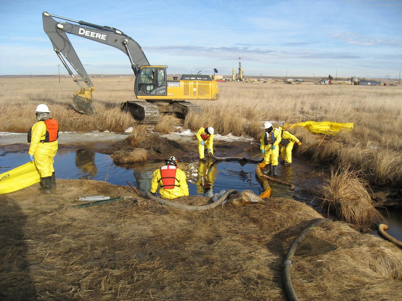 Cleanup crew at the 2015 Blacktail Creek spill, Marmon, North Dakota. This spill was caused by a leaking pipeline that was transporting produced water in the oilfield.
