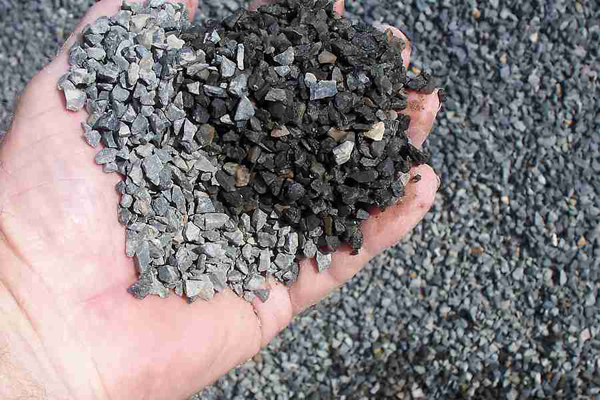 Crushed gravel-sized stone, an example of an industrial mineral. Image Credit:  Bill Bradley, http://www.builderbill-diy-help.com, Licensed under Creative Commons, CC-BY-SA-3.0, http://creativecommons.org/licenses/by-sa/3.0) via Wikimedia Commons