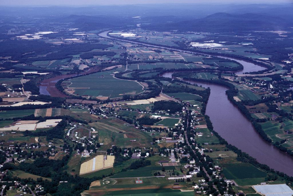 Connecticut River meandering through Massachusetts.