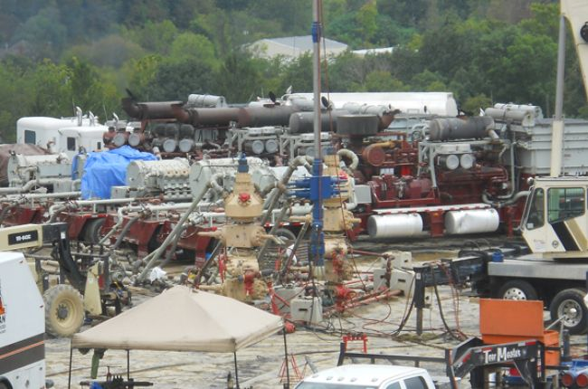 A hydraulic fracturing operation is underway at this drilling pad in the Marcellus Shale gas play of southwestern Pennsylvania. Image Credit: USGS/Photo by Doug Duncan