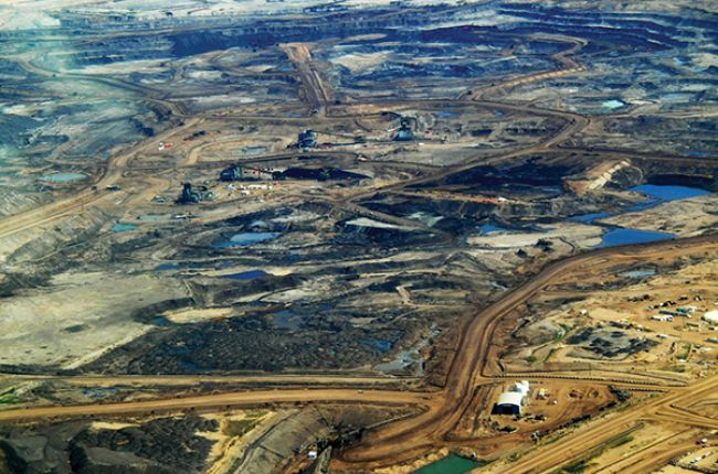 Photograph of tar sands mining, Alberta, Canada