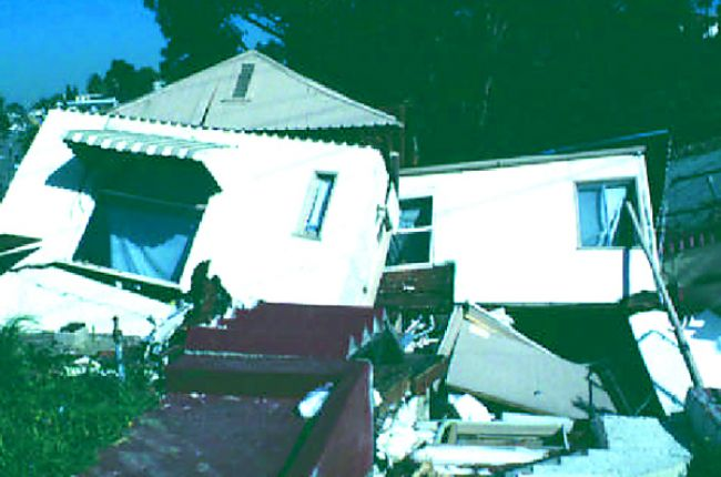 Fig.2. Homes in Oakland, CA, destroyed by landslides in 1998. Source: USGS OFR 81-987
