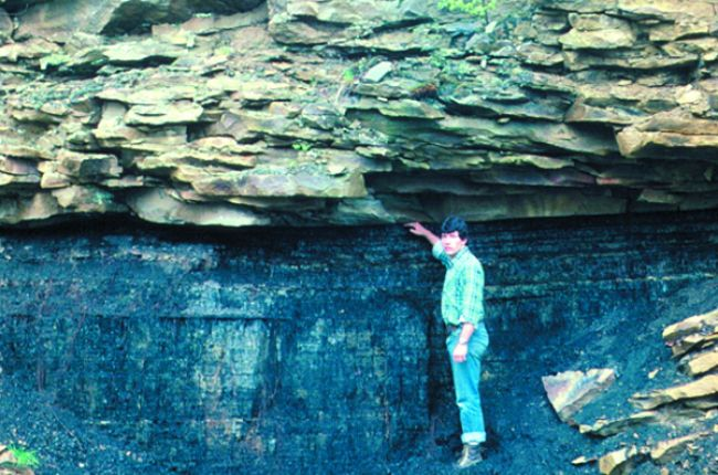 Fig. 1. Exposure of sandstone capping an economic coal bed. Credit: J. Shaulis, Pennsylvania Geological Survey