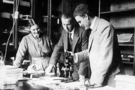 V.M. Goldschmidt, photo dated: 2 January 1915