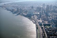 New Orleans and the Mississippi River. Image Copyright © Marli Miller, University of Oregon. http://www.earthscienceworld.org/images
