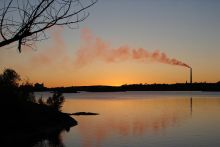 Sunset skyline of Sudbury, Ontario, Canada, with the Inco Superstack seen across Ramsey Lake. Licensed under Creative Commons, CC-BY-SA-3.0, https://creativecommons.org/licenses/by-sa/3.0/deed.en Image Credit: Wikimedia Commons User P199