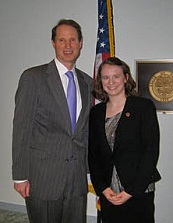 Kiya (right) with Senator Ron Wyden from Oregon.